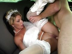 Levi Cash дрючит похотливую невесту на свадьбе